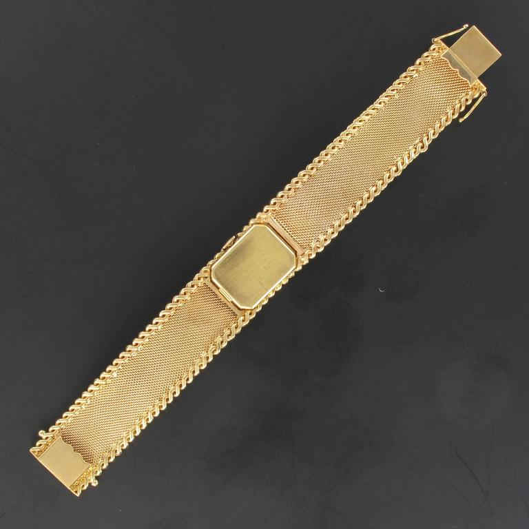 Flamor Ladies Yellow Gold Manual Wind Wristwatch For Sale 3
