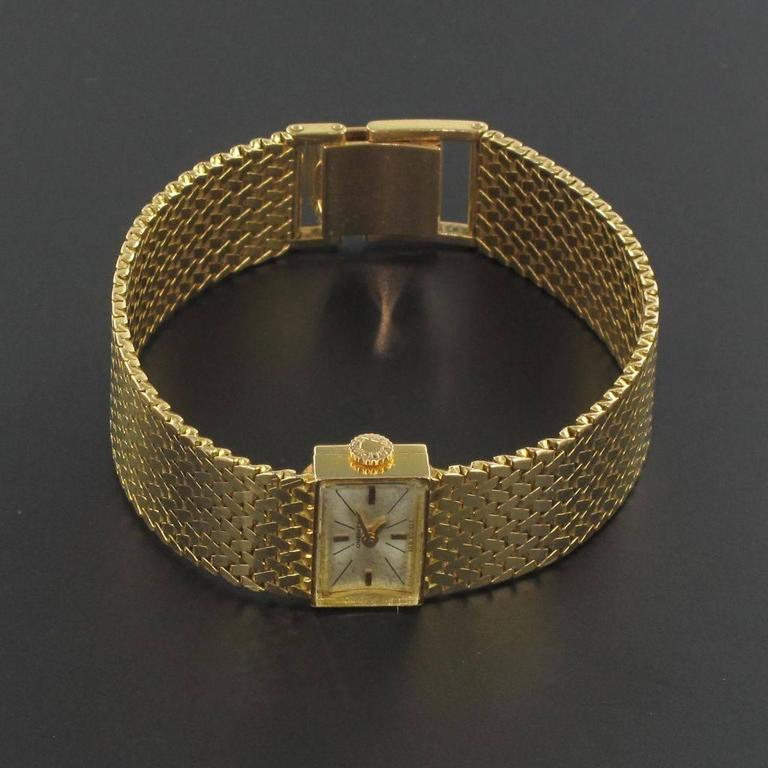1950s Longines Gold Woman Watch In New Condition For Sale In Poitiers, FR