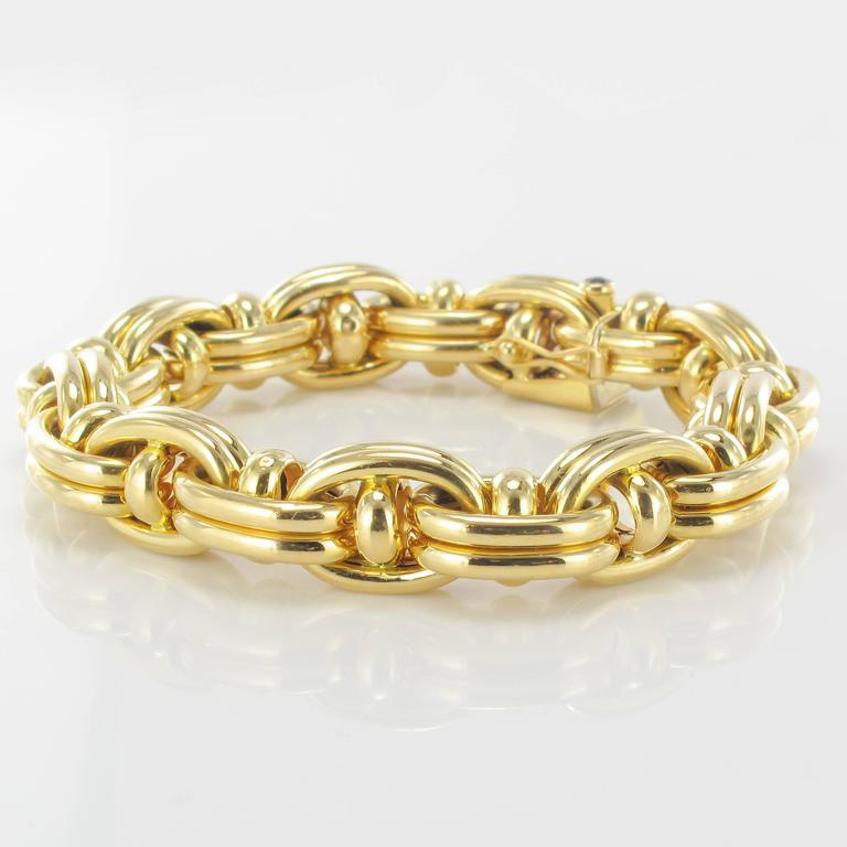 1970s French Caplain Bijoux Yellow gold anchor chain bracelet In Excellent Condition For Sale In Poitiers, FR