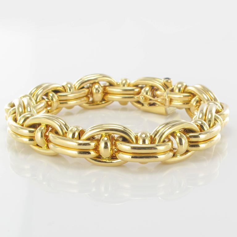 1970s French Caplain Bijoux Yellow gold anchor chain bracelet 4