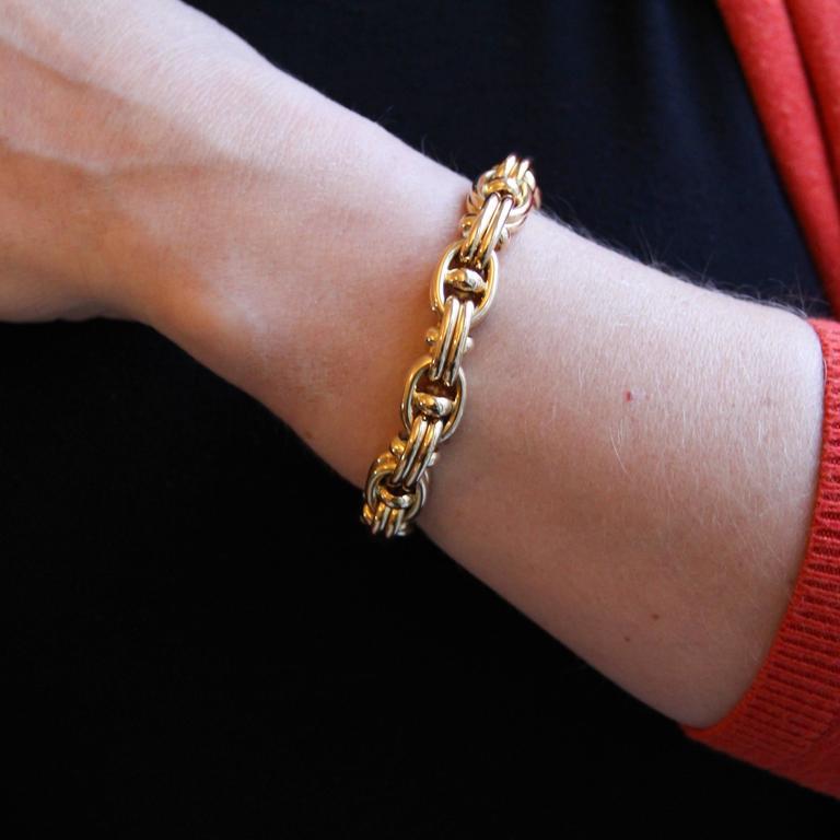 Retro 1970s French Caplain Bijoux Yellow gold anchor chain bracelet For Sale