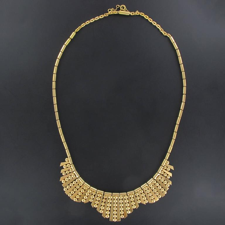 1960s French Gold Necklace with Radiant Motif In New Condition For Sale In Poitiers, FR