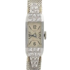 French ladies Platinum Diamond Art Deco manual Wristwatch, 1930s