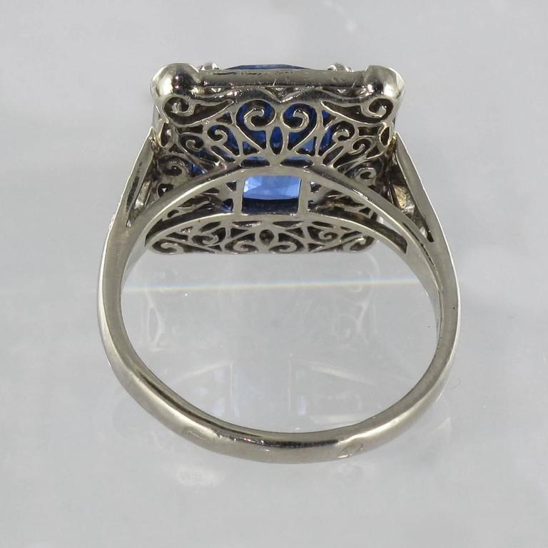 Art Deco Style French 5 Carat Ceylon Sapphire Diamond 18 Karat White Gold Ring For Sale 12
