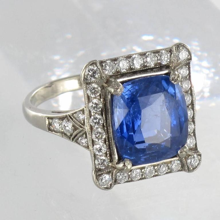 Art Deco Style French 5 Carat Ceylon Sapphire Diamond 18 Karat White Gold Ring For Sale 13