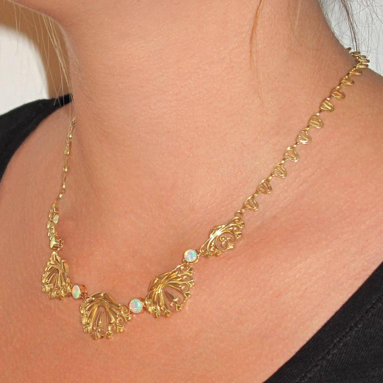1900s French Opal Gold Drapery Necklace  For Sale 5