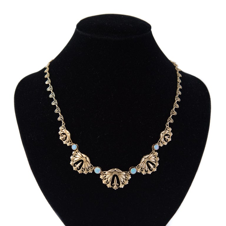 1900s French Opal Gold Drapery Necklace  For Sale 4