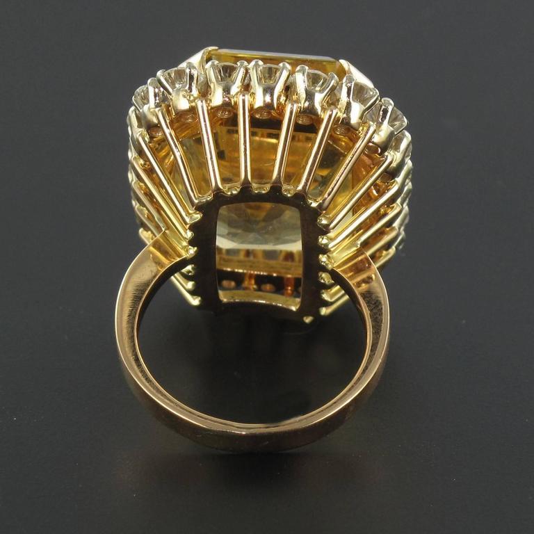 Splendid 1960s 22.85 carat Citrine 2.65 carat Diamond 18 carat Gold Ring 4