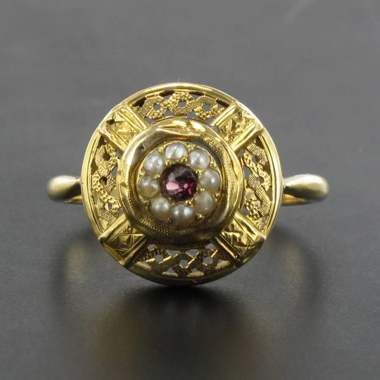 French Antique Natural Pearl Garnet Gold Set  In Good Condition For Sale In Poitiers, FR