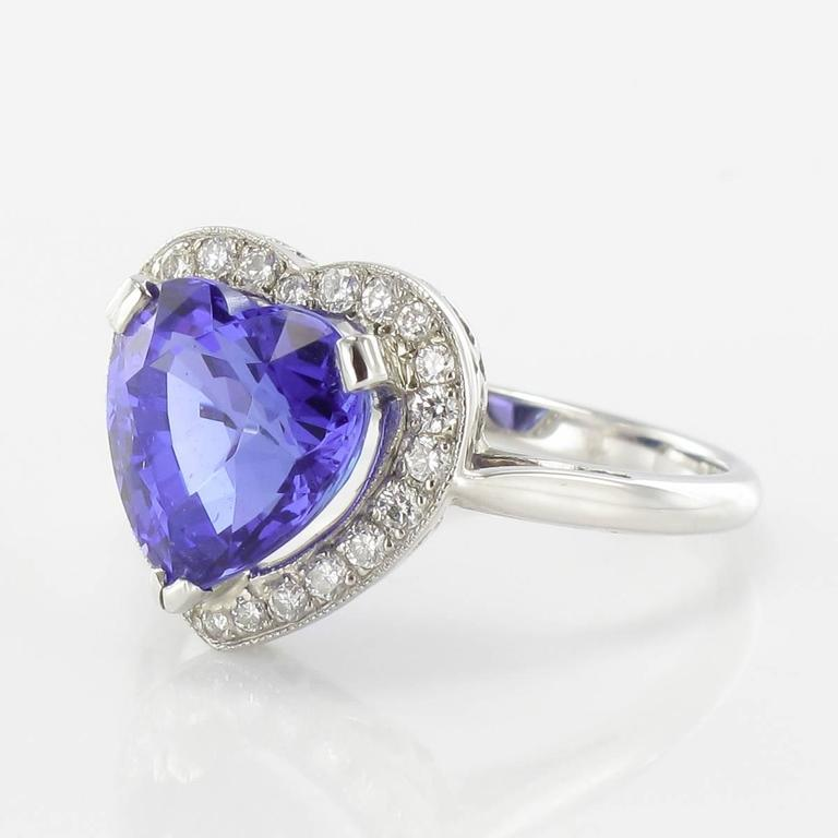 Romantic Heart Shaped Tanzanite Diamond Gold Ring For Sale