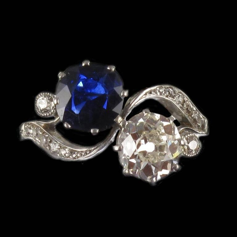 1920s French Sapphire Diamond Gold Toi et Moi Ring For Sale 9