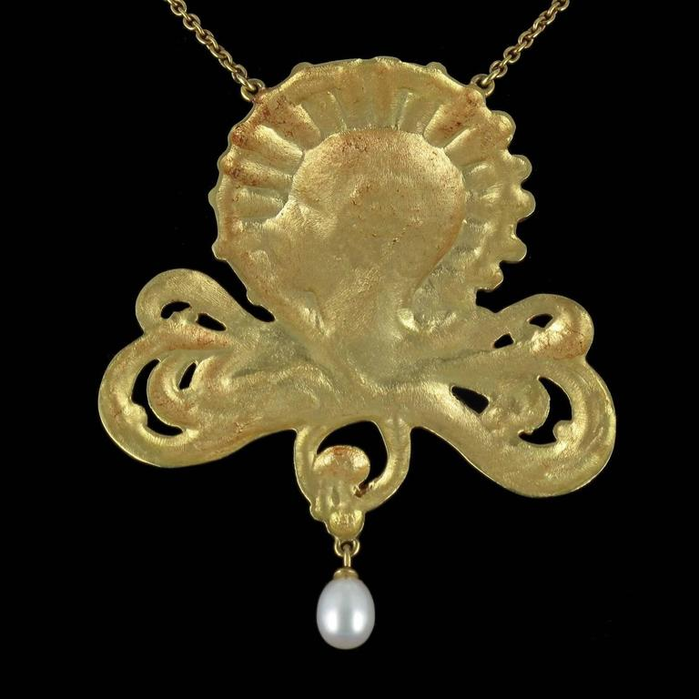 French Art Nouveau Pearl Gold Necklace Featuring a Woman's Head  5