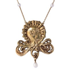 French Art Nouveau Pearl Gold Necklace Featuring a Woman's Head