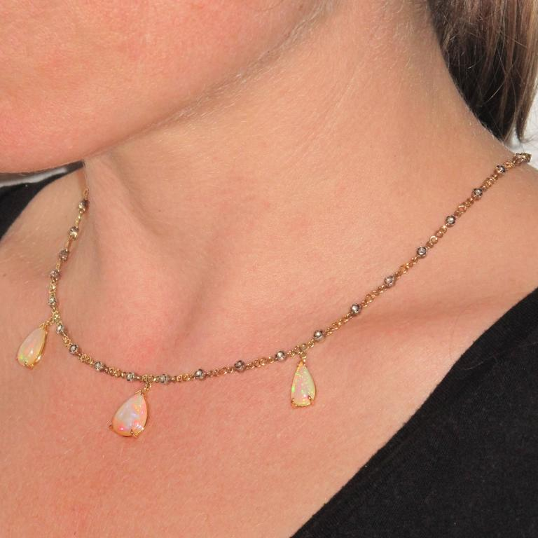 Baume 5.87 Carats Opal Diamond Gold Necklace  In As new Condition For Sale In Poitiers, FR