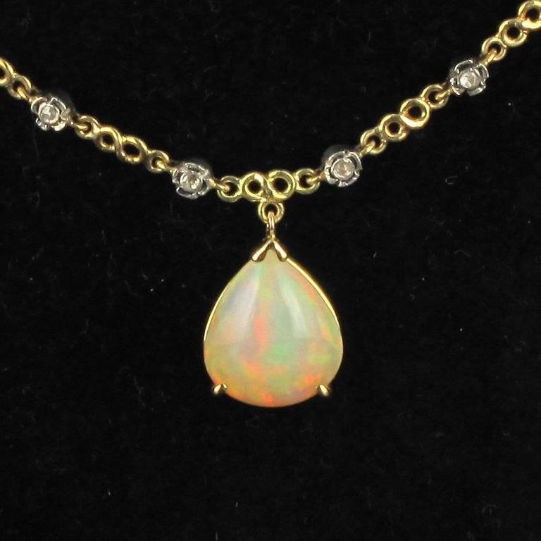 Women's Baume 5.87 Carats Opal Diamond Gold Necklace  For Sale