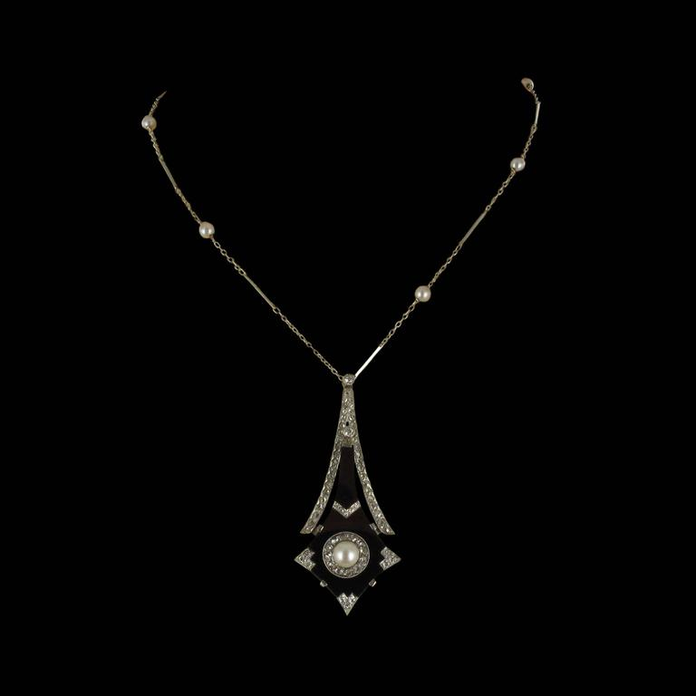 French Art Deco Fine Pearl Onyx Diamond Platinum Pendant For Sale 9