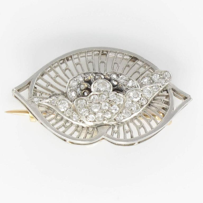 Women's 1930s Boucheron Diamond Platinum Brooch For Sale