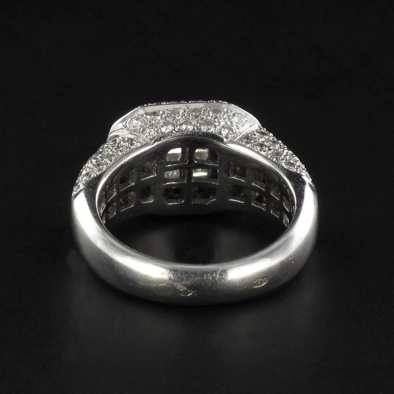 Modern Invisible Setting 2 Carats Princess and Brillant Cut Diamond Ring  For Sale 3