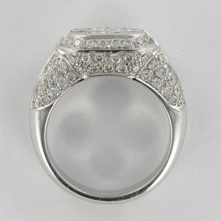 Modern Invisible Setting 2 Carats Princess and Brillant Cut Diamond Ring  For Sale 1