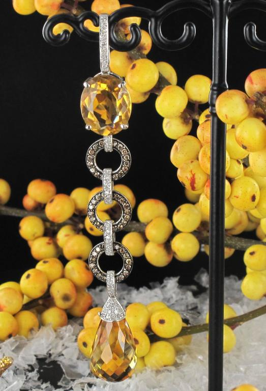 Citrine and diamond pendant necklace  In As New Condition For Sale In Poitiers, FR