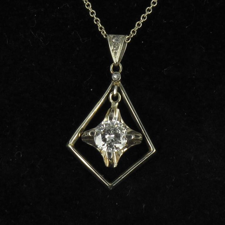 Pendant in 18 carat white gold.. 