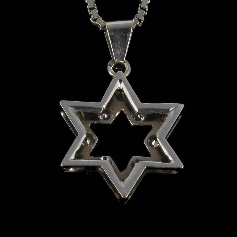 Diamond Gold Star Pendant with Chain  4