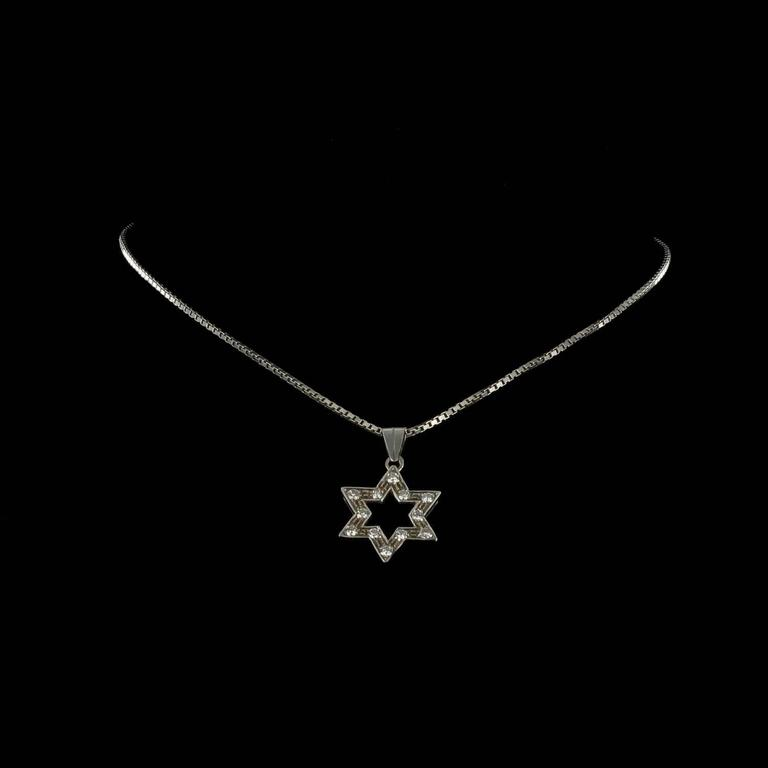 Diamond Gold Star Pendant with Chain  5