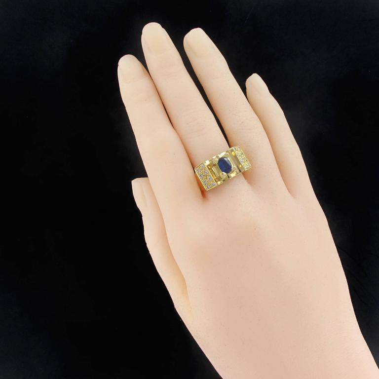 French 1960s Tank Style Sapphire and Diamond Ring  In Excellent Condition For Sale In Poitiers, FR