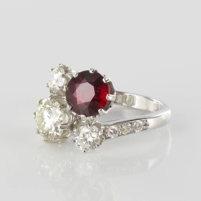 Ruby Diamond and White Gold Engagement Ring In New Condition For Sale In Poitiers, FR