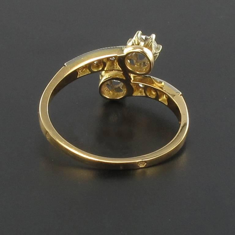 French Diamond 18 Carat Yellow Gold Platinium Toi et Moi Engagement Ring In As new Condition For Sale In Poitiers, FR