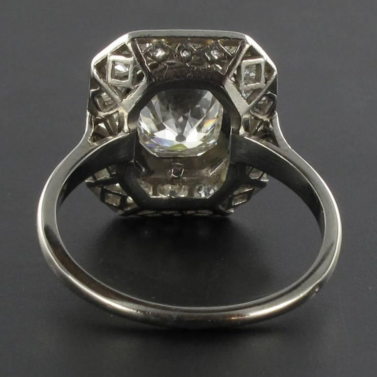 Art Deco French 2.60 Carat Diamond Platinum Ring 5