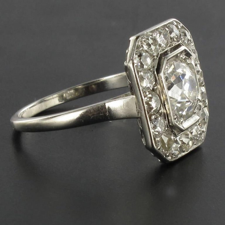 Art Deco French 2.60 Carat Diamond Platinum Ring For Sale 8