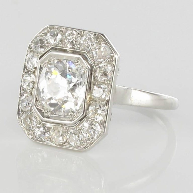 Art Deco French 2.60 Carat Diamond Platinum Ring For Sale 7