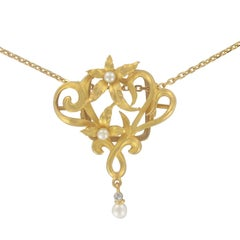 French Art Nouveau Pearl Floral Pendant and its Chain Necklace
