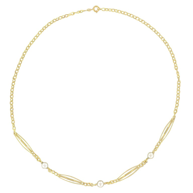 1900s 18 Karats Yellow Gold Pearls Chain Necklace