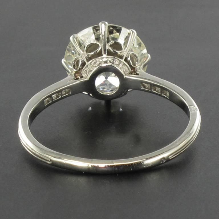 French 1920s 2.45 Carat Brilliant Cut Diamond Solitaire Platinum Ring For Sale 7