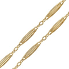 French 1900's Belle epoque 18 Karats Yellow Gold Long Chain Necklace