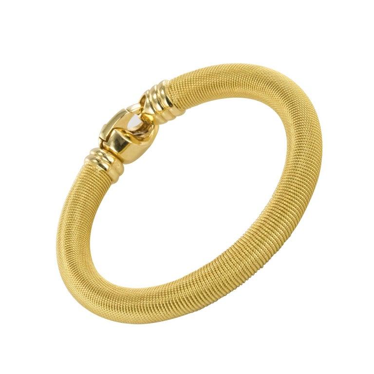 Modern 18 Karat Yellow Gold Cable Bangle Bracelet