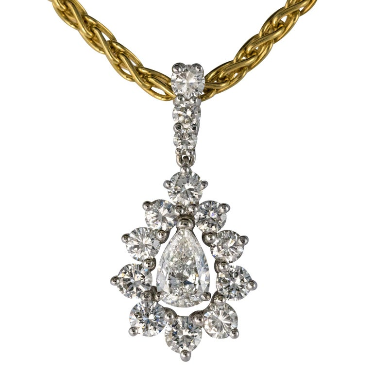 1970s 1.65 Carat Diamond White Gold Pendant Yellow Gold Chain Necklace