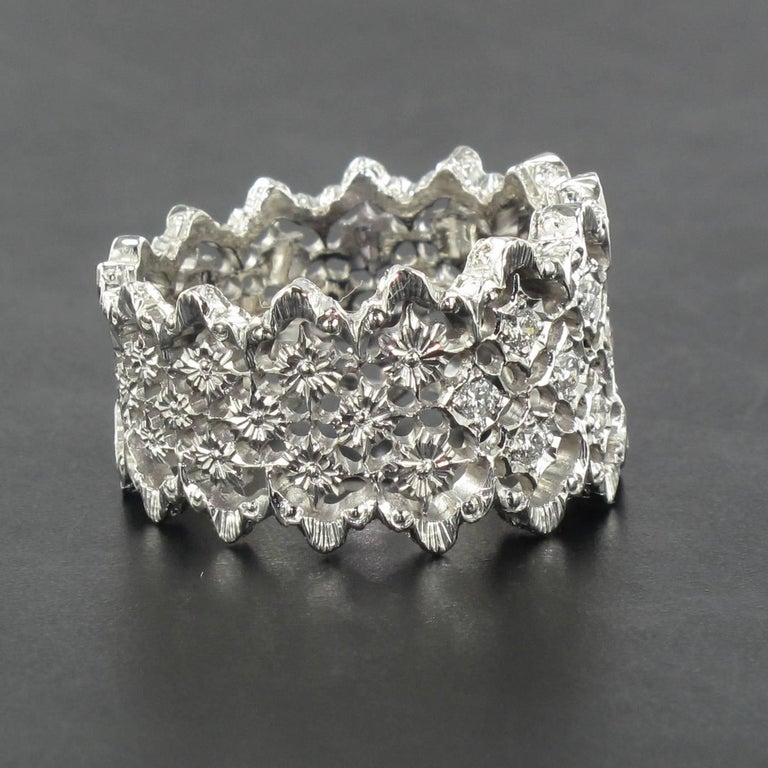 New Diamond Gold Filigree Ring For Sale 1