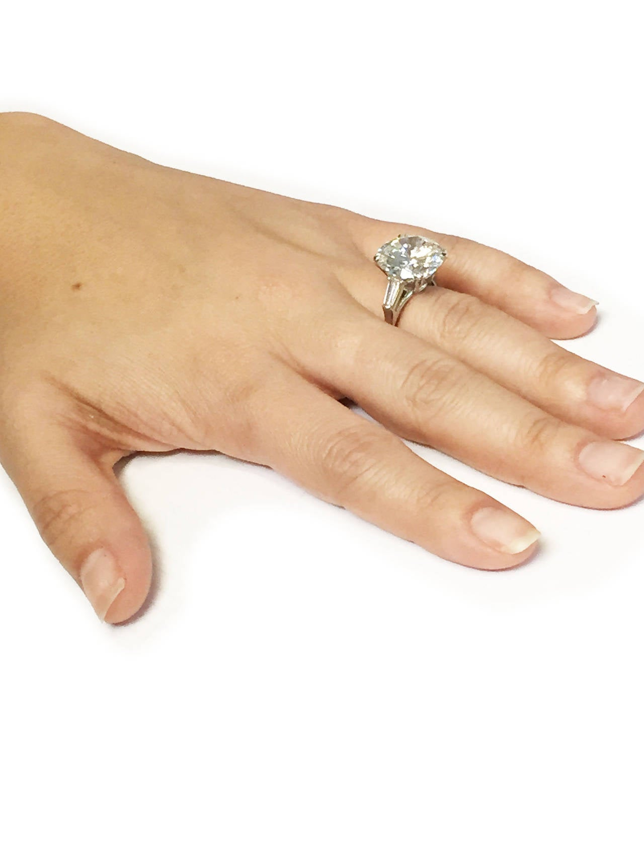 Harry Winston 9.31 Carat Diamond Platinum Ring In Excellent Condition For Sale In New York, NY
