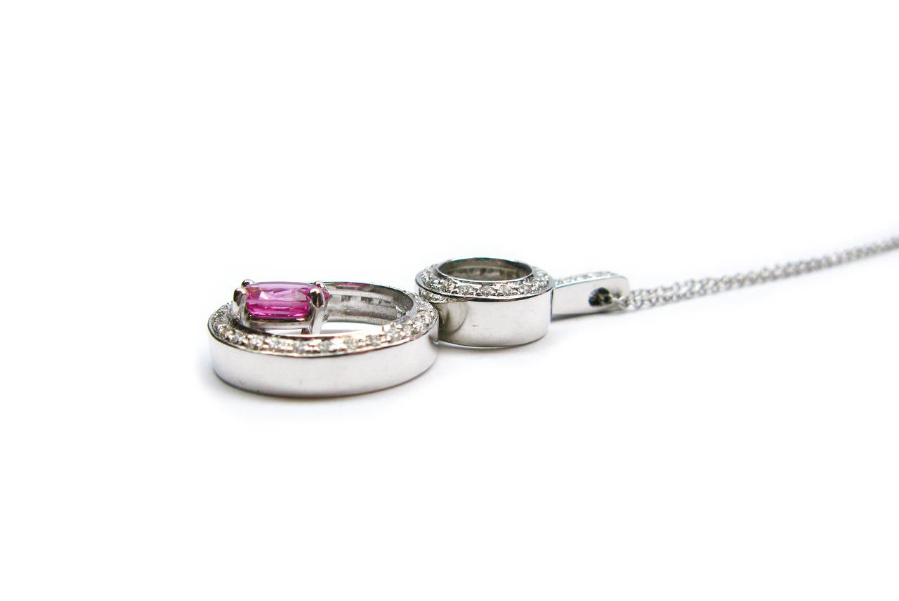 Kurt Wayne Pink Sapphire Diamond Circle Pendant In New Condition For Sale In New York, NY
