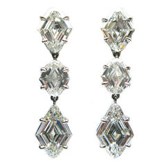 3.25 Carats Diamond Platinum Kite Drop Earrings