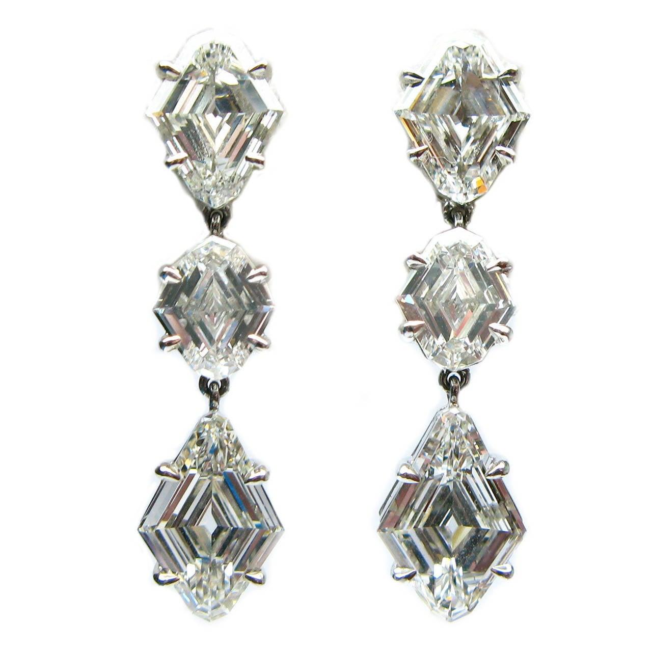3.25 Carats Diamond Platinum Kite Drop Earrings