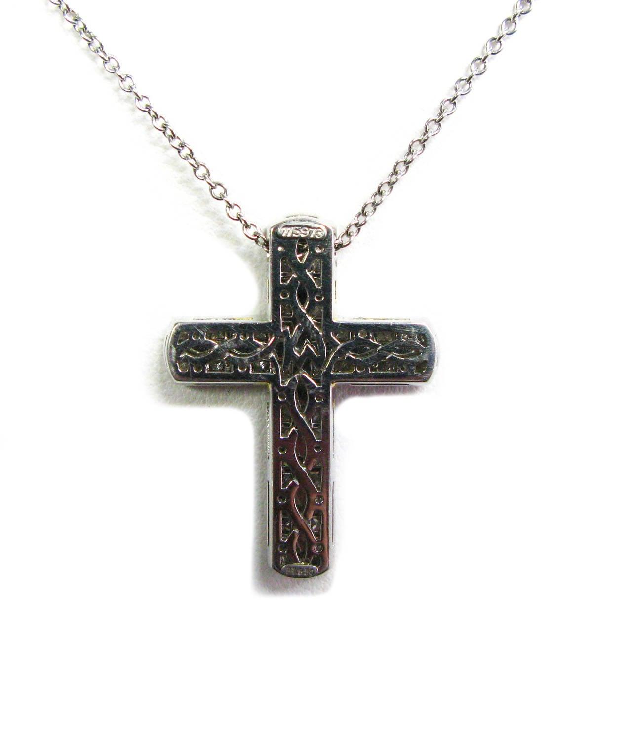 Women's Kurt Wayne Princess Diamond Platinum Cross Pendant For Sale