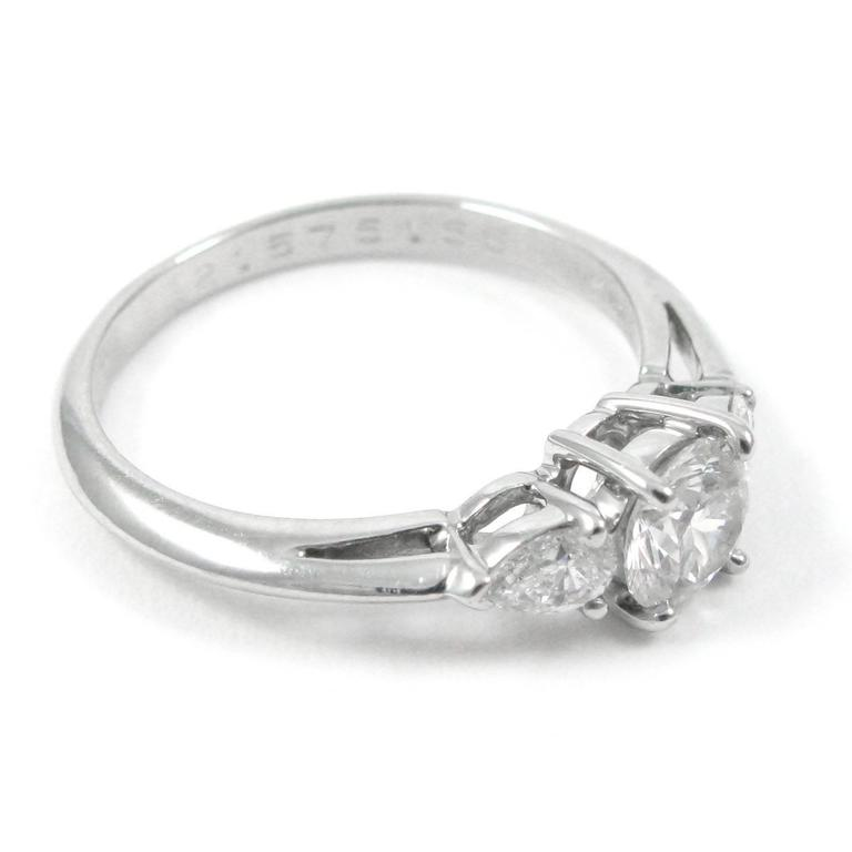 Tiffany & Co Three Stone  Diamond Platinum Ring In As new Condition For Sale In New York, NY