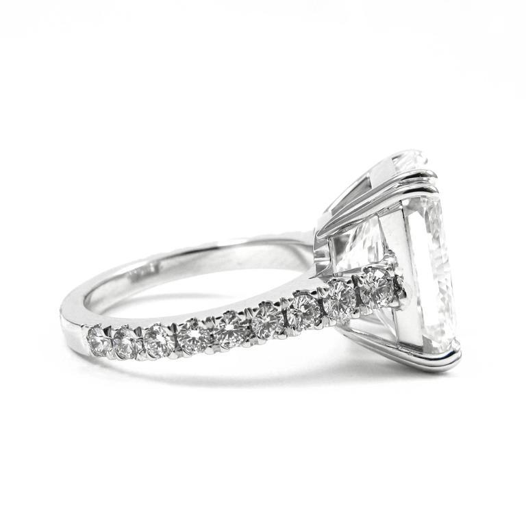 Stunning GIA Certified 9.28 Carat Radiant Cut Diamond Platinum Pave Ring 4