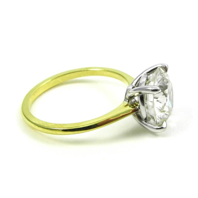 GIA Certified 3.18 Carat Diamond and Yellow Gold Solitaire Engagement Ring 4