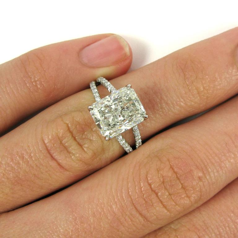 setting engagement z cut w radiant ring diamond