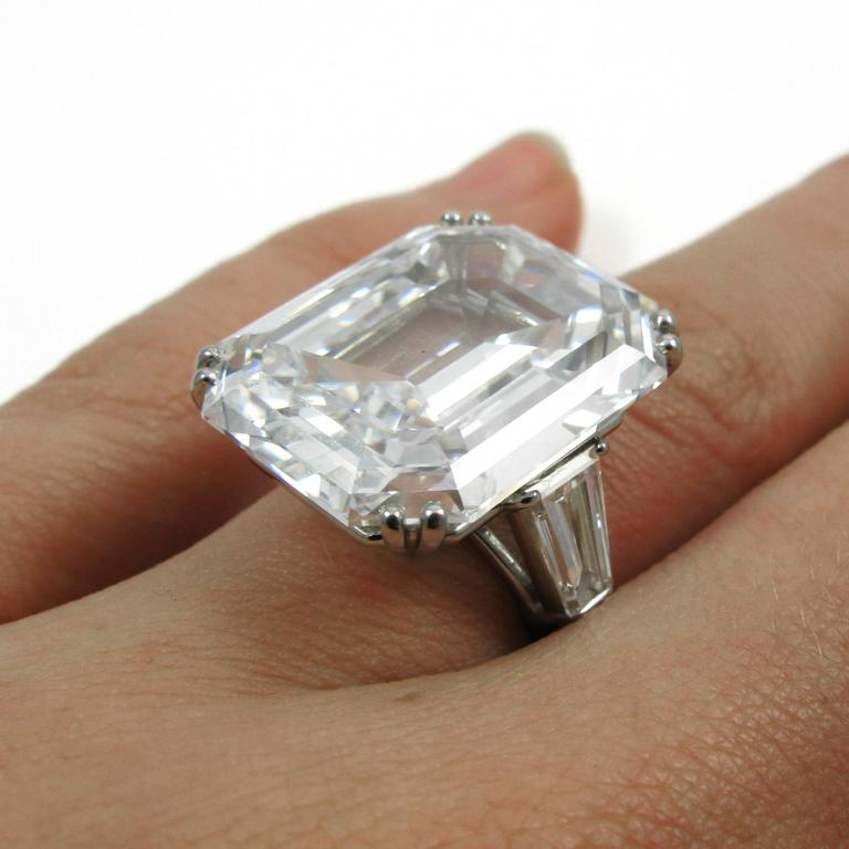 Harry Winston Magnificent 22.91 Carat GIA Cert. D Color Emerald Cut Diamond Ring For Sale 4